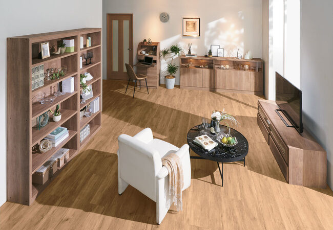 無塗装・無垢の天然木色を忠実に再現、創業50年 ディノスの本気