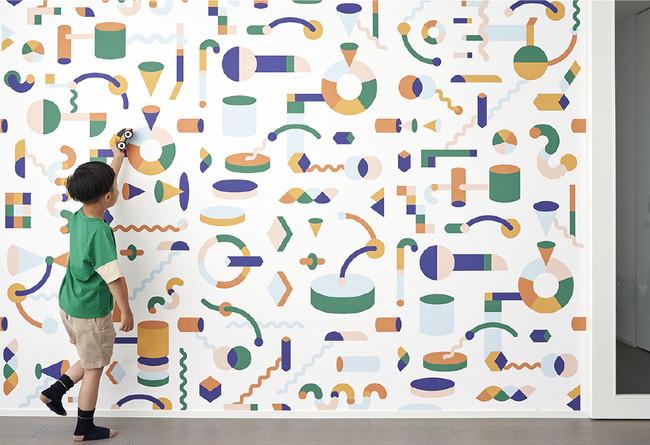 アクティビティルームにDIY、遊べる壁紙でお家時間を楽しむ